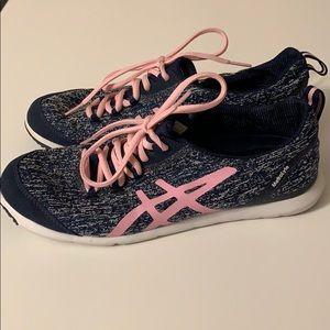 Asics Metrolyte Walking Sneakers -Like New !